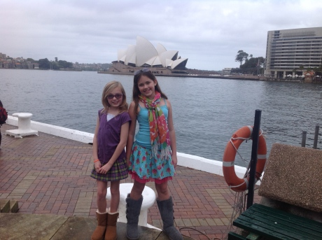 The ladies and the iconic Sydney Opera House