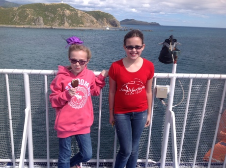 Girls on the Interislander ferry from South Island to North